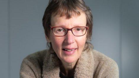 Portretfoto Petra van der Voort